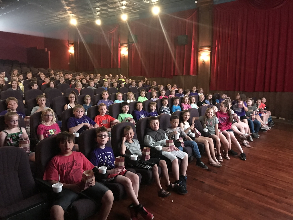 BR students at movies.