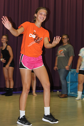 Emma Toerber showing one of the dance moves